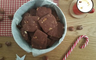 biscotti-riso-cacao-e-nocciole